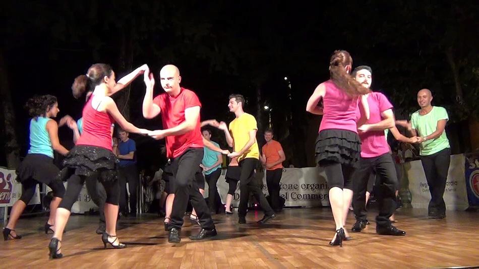 Kubai salsa a Budapest Plaza Tánciskolában!